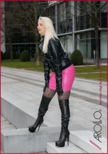 Leathermandy